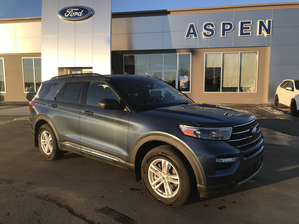 2020 Ford Explorer XLT (8916) Main Image